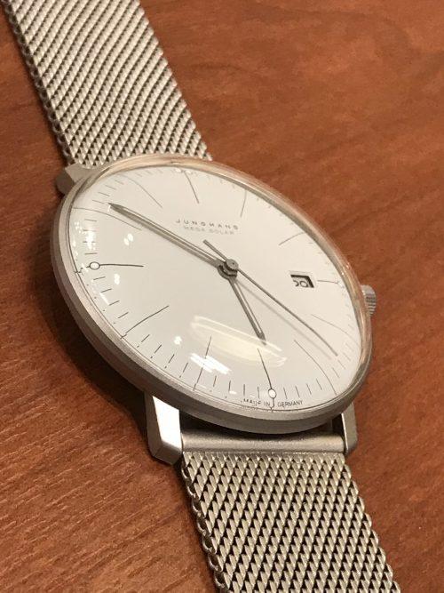 これは珍しい! ドイツ製の電波ソーラー腕時計入荷!